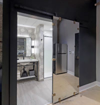 TRUNDLE total barndoor and black vanity